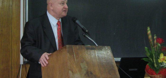 12 января 2012 г. Открытие встречи: участников приветствует Ю. А. Готячев